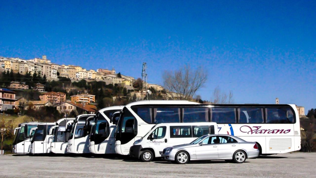 noleggio-autobus-viaggi-varano-2noleggio-autobus-viaggi-varano-2